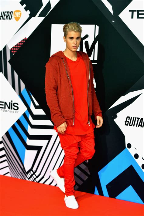 justin bieber twitter followers 2015 kevin rose 10 ways to ruby rose and justin bieber wore matching outfits at the