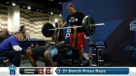 bench press nfl record south carolina defensive end jadeveon clowney s bench
