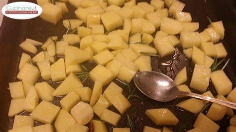 ricette per cucinare le patate ricetta patate al forno cucinare it