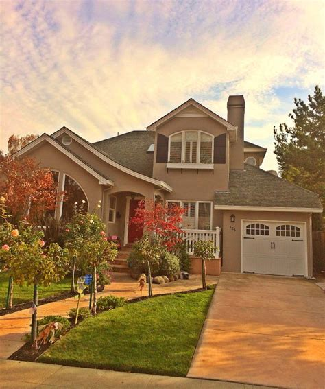 brick house with kelly moore red door 28 brick house with kelly moore red door best 25