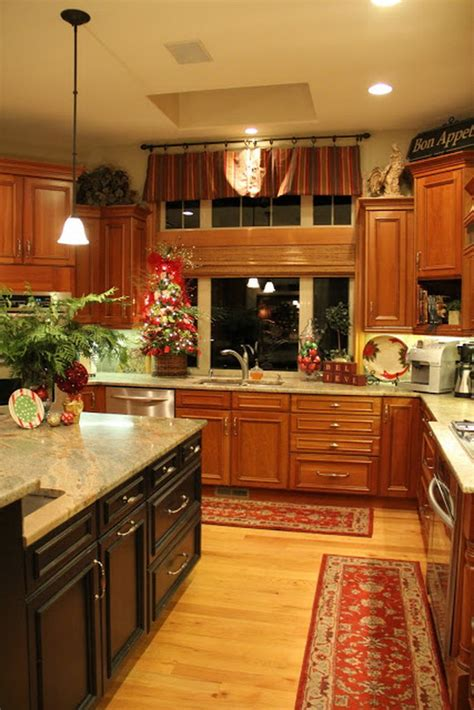 ideas to decorate kitchen unique kitchen decorating ideas for christmas family holiday net guide to family holidays on