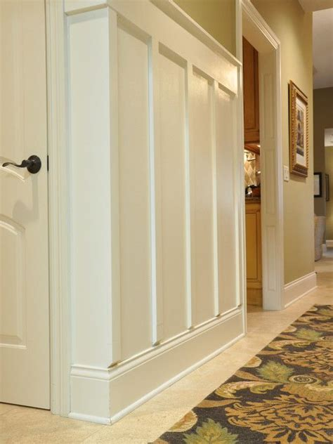 Wainscoting Ideas Hallways 17 Best Ideas About Wainscoting Hallway On