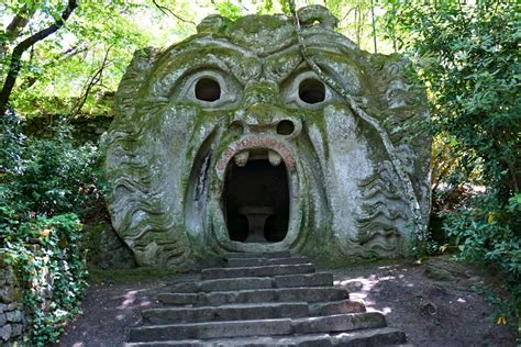 viterbo giardini di bomarzo the park of monsters il parco dei mostri di bomarzo