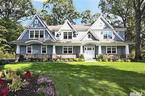 homes for sale roslyn estates ny roslyn estates real