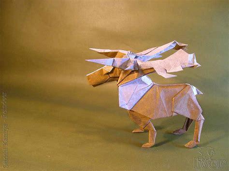 Origami Reindeer - 23 wonderful origami woodland animals