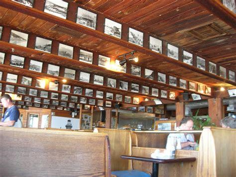 gladstone restaurant in malibu foodie universe s restaurant reviews restaurant review