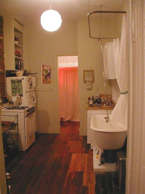Bathroom Sinks Nyc by Kitchen With Bathtub Small Spaces Small Bathroom Space