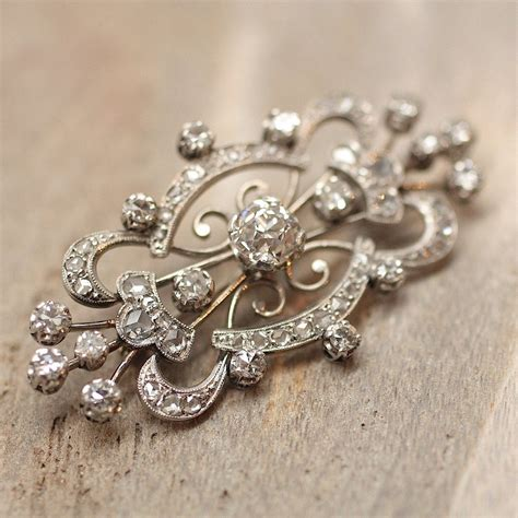 Pippin Vintage Jewelry by Circa 1920 Platinum Brooch Pippin Vintage Jewelry
