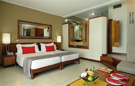 siloso resort superior room shandrani beachcomber resort spa designer travel