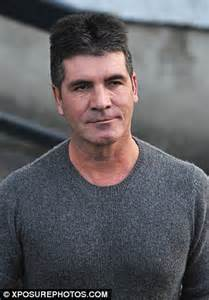 simon cowell fat face simon cowell appears fuller faced as he appears on the