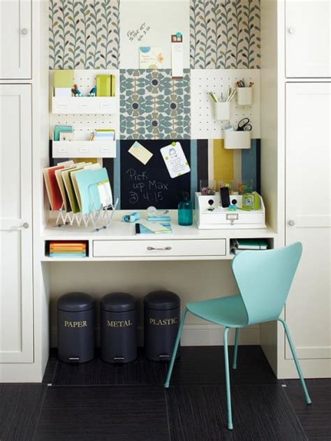 Small Desk Home Office 1000 Images About Big Ideas For Small Spaces On Pinterest Small Home Offices Bedroom Desk