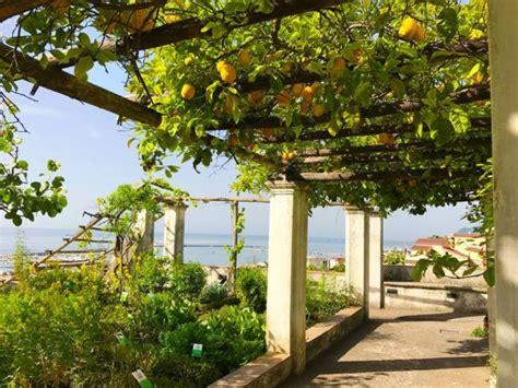 giardino della minerva dieci parchi pi 249 belli d italia 2018 tra i finalisti il