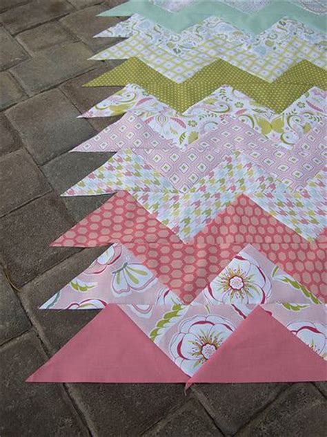 zig zag quilt pattern using triangles 1000 images about triangle half square block quilts on