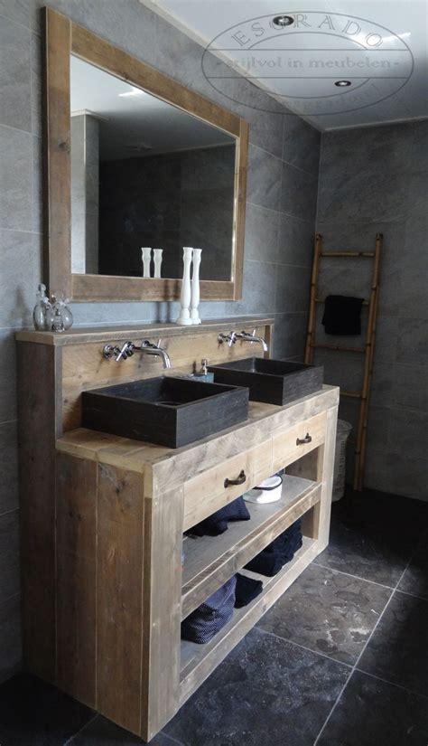 robuuste houten ladder badkamermeubelen stoere robuuste badkamer beton hout
