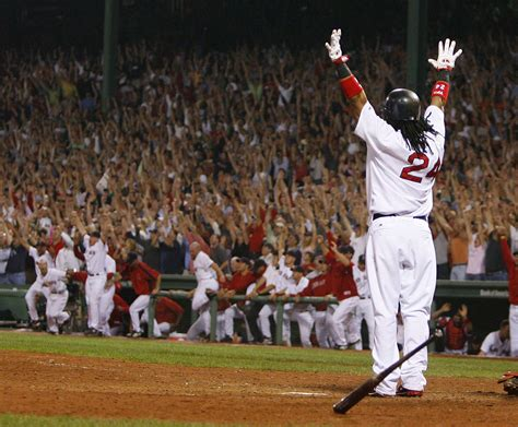 manny ramirez swing david ortiz reacts to manny ramirez s golf swing mlb