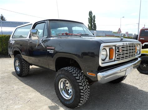 black dodge ramcharger 3 about tires