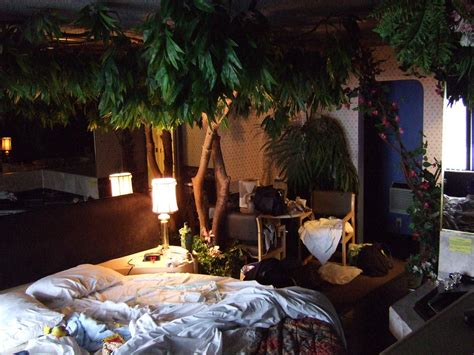 bedroom with plants plants inside rooms