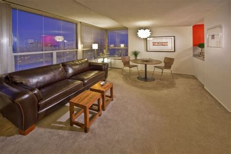 2 bedroom apartments downtown indianapolis riley towers offers studio 1 2 3 bedroom apartments