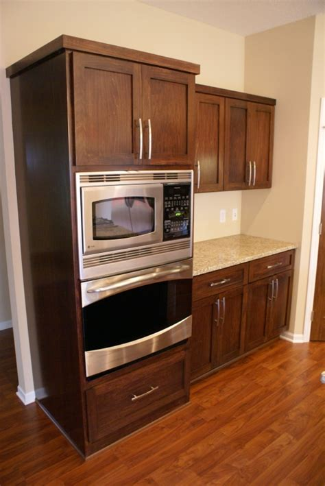 stained wood kitchen cabinets dark stained poplar cabinets nuthouse 2 0 pinterest