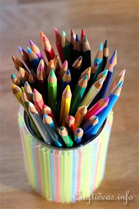 kids craft project pencil holder