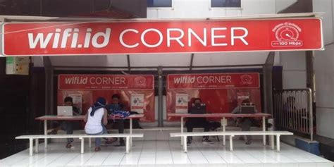 asyiknya berinternet di wifi id corner malangvoice