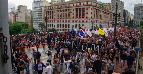 aumento professores estaduais de sp 2016 manifestantes protestam contra aumento da tarifa do