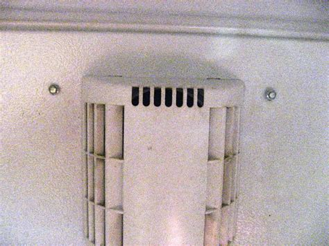 What Causes Water Leak In Refrigerator by Fridges Leaking Fridge