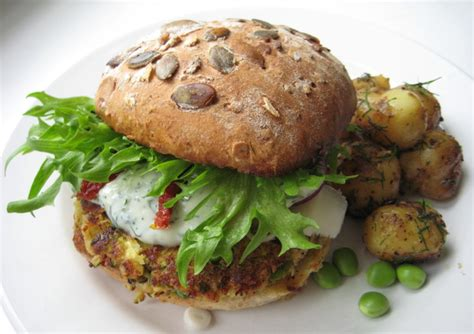 alimentazione vegetariana alimentazione vegetariana vegana disamina e riflessioni
