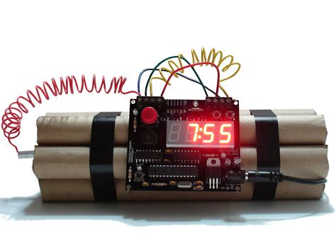 Cool Desk Clocks by Project Lab