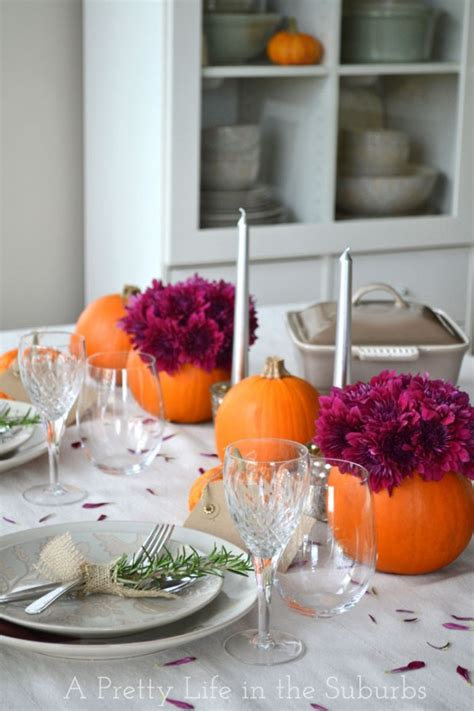 Simple Thanksgiving Table Decorations by Festive Thanksgiving Tablescapes Work It Wednesday The Happy Housie