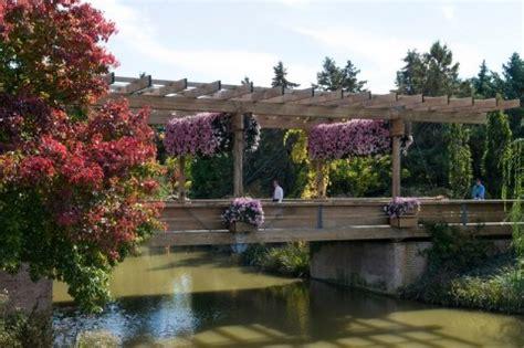 train  plant  chicago botanic garden