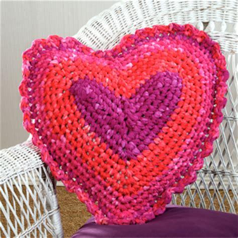 free crochet pattern heart pillow 27 easy crochet pillow patterns guide patterns