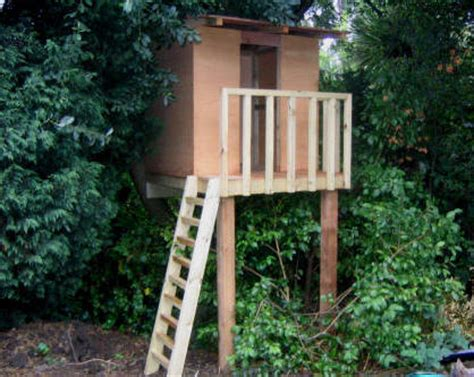Small Tree House We Build Tree Houses As Well As Decks