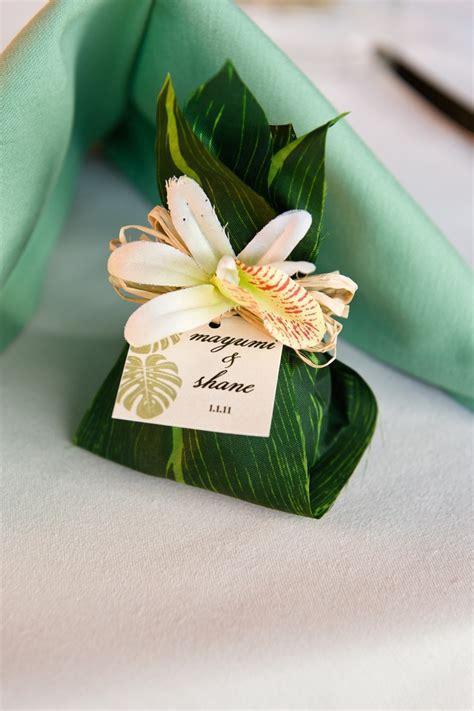 hawaiian themed invitations 8 belles raisons de se marier sur le th 232 me hawa 239 en
