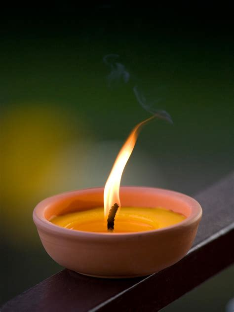 Decorative Citronella Candles by 9 Mosquito Myths Debunked Diy Network Made
