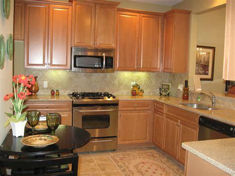 Kitchen Countertops Materials   DesignWalls.com