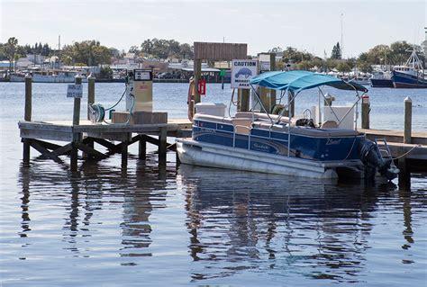 tarpon springs boat rental tarpon landing marina full service marina dry storage