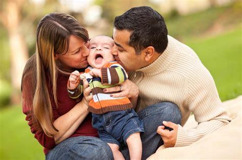 Keluarga Kunci Sukses Anak ketulusan bunda dan ayah adalah kunci sukses masa depan anak informasi kesehatan keluarga