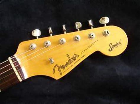 Fender Schriftzug Aufkleber by Japanische Jv Seriennummern Fender Und Squier Gitarren