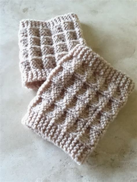 free pattern to knit boot cuffs two needle boot toppers allfreeknitting com