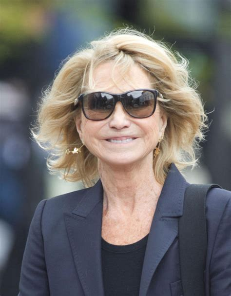 how does felecity kendal style her hair felicity kendal 69 looks youthful as ever as she dons