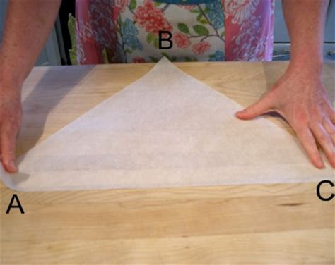 Make A Piping Bag Out Of Baking Paper - parchment paper cone how to make for piping