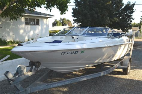 bow of a boat exle wellcraft excel 19sx 1996 for sale for 4 700 boats from