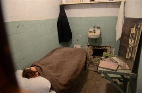 inmate s cell filmed in escape from alcatraz picture of alcatraz island san francisco