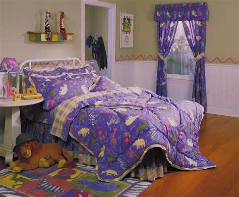 Animal Comforter Sets by Zoo Animals Four Comforter Set