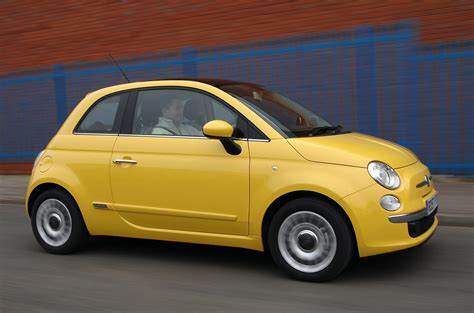 performance fiat fiat 500 hatchback 2008 driving performance parkers