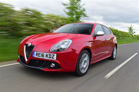 alfa romeo hatchback new alfa romeo giulietta 2016 facelift review auto express