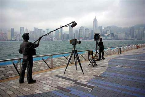 avenue star hong kong mtr avenue of stars an homage to hong kong s celebrities and