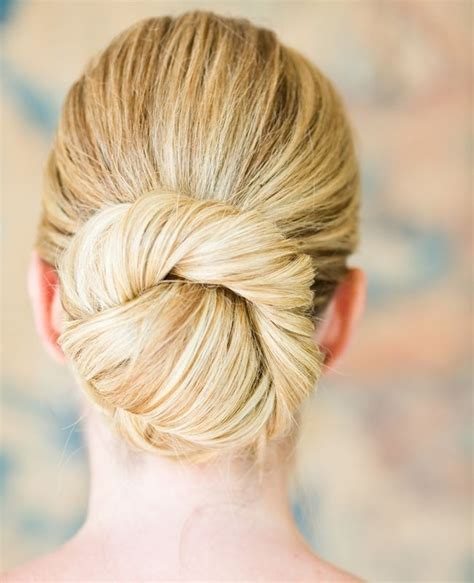 Easy Bridesmaid Hairstyles For Hair by 32 Overwhelming Bridesmaids Hairstyles Pretty Designs