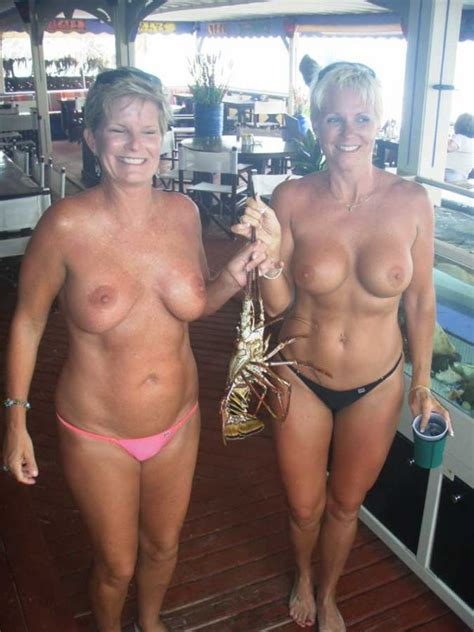 Very Inappropriate Family Nudity Xxgasm